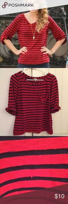 Taylor Swift Splendid Red Blue Strip Top Shirt This is definitely a used shirt - I believe it's a small. It was the same version of the top Taylor Swift wore though, and it's definitely cute with white or denim shirts :) Just not like new (price reflects that) Splendid Tops