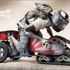 Check out that lean! #hobbytech #ratrods #hotrods #datsun #jdm🔰 #f1 #designertoys #rx3 #chevy #hemi #tanks #apocalypse #dystopian #madmax #stanceworks #ratsun #planetoftheapes #warart #speedhunters #toyota #defender #venom #gullwing #toyphotography #chevyc10 #toyota #trikes #mazdarx3 #squarebody #vwkombi #jeep