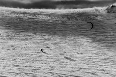 World Press Photo 2014 / Sports Feature / prize singles / Anastas Tarpanov World Press Photo, Windy Weather, Photo Archive, Photo Contest, Kite, Bulgaria, Skiing, Cool Photos, Explore