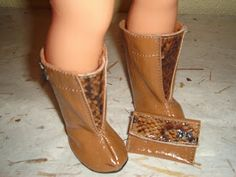 La zapateria de Nancy.!!!     Zapatos de diseño, realizados en piel , para que Nancy este siempre a la ultima.!!   Se pueden realizar po...