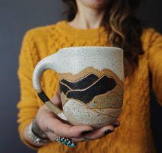 Coco Chispa mountain mug