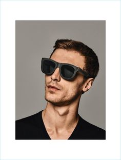 Holt Renfrew connects with Clément Chabernaud to showcase Givenchy's latest sunglasses. Men Sunglasses Fashion, Sunglasses 2017, Latest Sunglasses, Sports Sunglasses, Holt Renfrew, Designer Shades, French Models, Male Poses, Mens Glasses