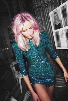 Natasha Poly in flossy pink.