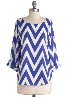 Zoom Bisou Top in Blue Chevron, #ModCloth