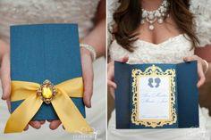 Sofisticada, a paleta de cores com azul marinho, branco e dourado pode trazer um ar chique a qualquer evento, principalmente um casamento. Veja inspirações.