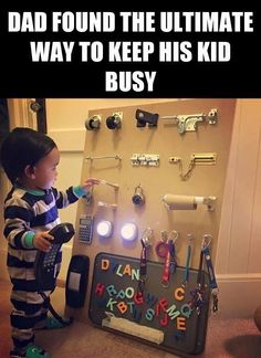 Genius parenting hack—busy board to entertain your toddler Humour Parent, Parenting Humor, Kids And Parenting, Parenting Hacks, Infant Activities, Activities For Kids, 4 Month Old Baby Activities, Learning Games For Toddlers, Preschool Projects