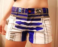 R2-D2 Shorts...i am SERIOUSLY making these ASAP you have no clue. @Sophie Wagner OMG.