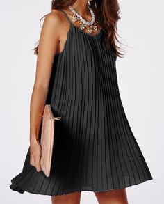 Sexy Spaghetti Strap Solid Color Pleated Dress For Women