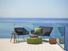 The Breeze collection from designers Strand+Hvass is one of the latest groups formed in collaboration between Cane-line and a renowned design studio.The elegant