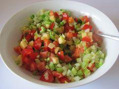 Apfel - Staudensellerie - Salat mit Kirschtomaten | Chefkoch.de
