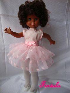 Yo siempre quise hacer ballet. Probablemente sería porque me encantaban los tutús y el color rosa. Pero bueno, fui niña de conservatorio t...