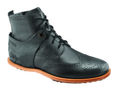 This is a man's boot but I can't resist pinning it because it rocks just. that.. hard.  tsubo1