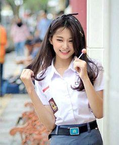 """ZONA KOKOREAAN (OPEN PP) 🔵 di Instagram """"Eh kenalin nih, salah satu dekel di sekolahan gw, namanya Tzuyu Putri Asih Pratiwi, dekel hitz di sekolahan gw, panggil an dia Cuwi aja,…"""""""