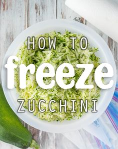 This is such a clever idea on how to freeze my surplus of zucchini from my garden! Cheesy Zucchini Rice, Shredded Zucchini, Zucchini Pasta, How To Freeze Zucchini, Muffins, Dehydrator Recipes, Frozen Meals, Make Ahead Meals, Chicken Bacon