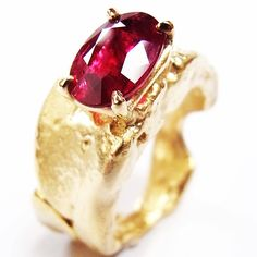 Old Jewelry, Jewelry Making, Types Of Gemstones, London Art, Contemporary Jewellery, Precious Metals, Heart Ring, Jewels, Engagement