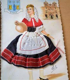 Portugal, Braga Folk Costume, Costume Dress, Costumes, Textile Prints, Textile Patterns, Textiles, Portugal Travel, Paper Dolls, Cheer Skirts