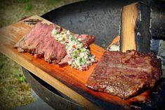 flamm-flank-steak-Flamm Flank Steak Flammlachsbrett 04-Flamm-Flank-Steak mit Birnen-Salsa Salsa, Pork, Beef, Steaks, Kochen, Flank Steak Recipes, Pears, Ribs, Pork Roulade