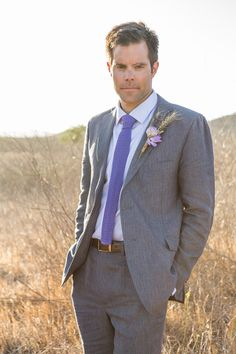 groom style #ecofriendlywedding #purplewedding #weddingchicks http://www.weddingchicks.com/2014/01/10/lavender-and-white-wedding/