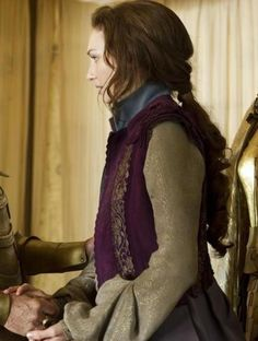 Jack the Giant Slayer (2013) Makes me think of Sebastian and something she might wear in Avalon