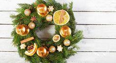 Návod na jednoduchý adventní věnec z jehličí - Tvořivá víla Christmas Wreaths, Xmas, Advent, Floral Wreath, Holiday Decor, Inspiration, Home Decor, Winter, Biblical Inspiration