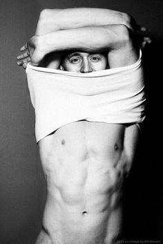 Tom Hiddleston *_*