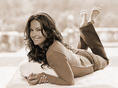 Ashley Judd  Smart girl, love Kentucky basketball :)