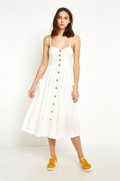Uo Emilia White On Through Midi Dress