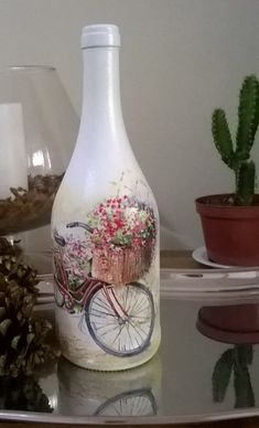 1 million+ Stunning Free Images to Use Anywhere Recycled Glass Bottles, Glass Bottle Crafts, Wine Bottle Art, Diy Bottle, Wine Bottles, Diy Decoupage Art, Decoupage Jars, Decoupage Vintage, Bottle Painting