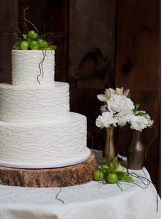 Supposedly, this cake is covered in white chocolate, but I never would have guessed.