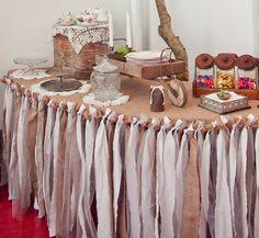 la decoración de mis mesas: DIY: Mantel de tiras de tela.