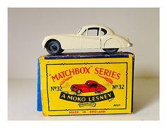 MOKO LESNEY JAGUAR XK 140 COUPE - No. 32 -A- NICE - ORIGINAL BOX - HTF           - http://www.matchbox-lesney.com/52474