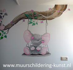 Muurschildering olifantje voor op de babykamer! Ik werk door heel Nederland. Veel keuze, goed materiaal, geen lange wachttijd.
