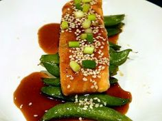 Steamed Salmon with Snap Peas