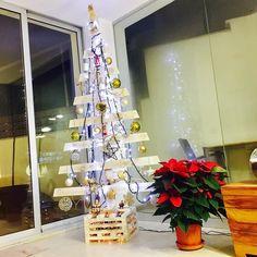 Ya está montado mi #christmastree de madera!!! Aprende cómo hacerlo en mi canal de YouTube  http://ift.tt/2BSqHxY