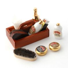 RP14048 Shoe Polishing Kit