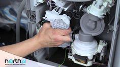 Film instruktażowy pokazujący jak wymienić pompę myjącą w zmywarce. Aby dokonać takiej naprawy, potrzebne będą następujące narzędzia: śrubokręt z końcówką TORX T15, śrubokręt z płaską końcówką, szczypce, małe obcęgi, opaska zaciskowa o średnicy ok. 38 mm, klucz 13mm. Pompy do zmywarek http://north.pl/czesci-agd/czesci-do-zmywarek/pompy-do-zmywarek,g726929.html. Części do zmywarek - http://north.pl/czesci-agd/czesci-do-zmywarek,g1173.html