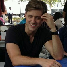 Aaron Tveit, well hello handsome, congrats on your face