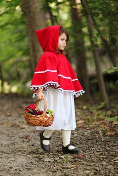 Little Red Riding Hood, Child Photography, ©Misty Exnicios