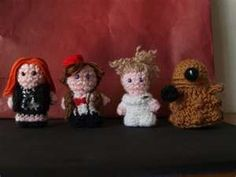Knitted Doctor Who characters<----- Looks more like crochet, but still cute.