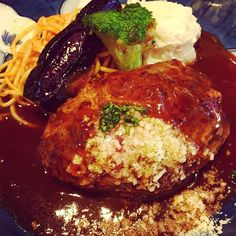 山本のハンバーグ@自由が丘 粗挽き肉が食べ応えあって美味しかった #美味しい #粗挽き肉 #肉 #自由が丘 #山本のハンバーグ #ハンバーグ #ランチ #満足 #ダイエット #糖質オフ  #tokyo #japan #healthy #healthyfood #diet #meat #rumpork #beef #lamb #love #likes #eat #training #cooking #walking