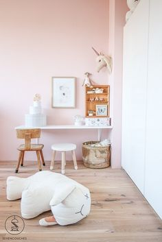 Interior Design Living Room, Living Room Decor, Bedroom Decor, Baby Bedroom, Kids Bedroom, Ikea Play Kitchen, Girl Nursery Themes, Sweet Home, Scandinavian Bedroom