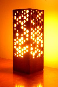 Laser Cut Lamp, lots of laser cutting is used for cutting things exact when doing it by hand would be a waste of time Laser Cutter Ideas, Laser Cutter Projects, Laser Art, 3d Laser, Wooden Lamp, Wooden Diy, Lampe Laser, Laser Cut Lamps, Lampe Metal