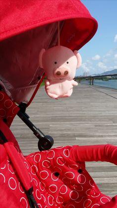 Mac Dull and HOP   Kinderwagon just make outing enjoyable!  美國Kinderwagon香港總代理 www.kinderwagon.com.hk  Kinderwagon HOP 雙人外出嬰兒車 (Double Stroller) Kinderwagon JUMP 大小B車 前後座嬰兒車 (Double Stroller)