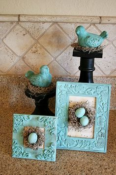 DIY Dollar Store Spring Crafts Decorating your home for spring doesn't have to cost a lot. You can make your own inexpensive spring decor using items from the dollar store! For inspiration, check out these 10 adorable DIY dollar store spring crafts! Easter Projects, Easter Crafts, Craft Projects, Easter Ideas, Spring Crafts, Holiday Crafts, Diy Christmas, Holiday Ideas, Christmas Ornaments