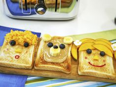Fun Toast Art Recipes – Betty, Benny Bear & Billy #toast #cute #breakfast #foodart