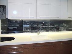kitchen glass splashback with HQ digital printing directly on glasspanel Double Vanity, Vanity, Glass Splashback, Glass Kitchen, Digital Prints, Bathroom Vanity, Kitchen, Bathroom, Glass