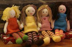 Ravelry: Ragdoll pattern by Debbie Bliss Knitting Dolls Free Patterns, Knitted Dolls Free, Crochet Dolls, Crochet Patterns, Crochet Ideas, Felt Dolls, Doll Toys, Vintage Rag Doll, Amigurumi Doll