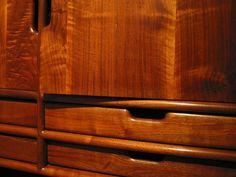 Furniture by Sam Maloof Furniture Styles, Unique Furniture, Wooden Furniture, Table Furniture, Furniture Design, Fine Woodworking, Woodworking Projects, Sam Maloof, Scandinavian Chairs