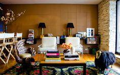 Love this feminine and chic living room Girls Apartment, Apartment Design, Apartment Ideas, Interior Decorating, Interior Design, Decorating Ideas, Eclectic Design, Interior Architecture, Decor Ideas
