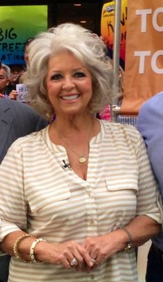 I want me some big Paula Deen hair!